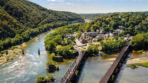 harpers-ferry-main-today-180601_10c567bff86ad7293bf641f4b3b95013.fit-760w